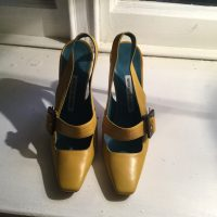 Yellow Women's Manolo Blahnik Size 4 Shoes